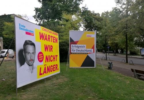 Wahlplakate von FDP und CDU, über dts Nachrichtenagentur