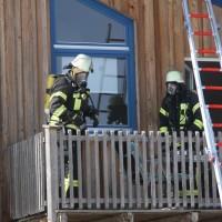 2018-03-05_Bibeach_Kirchdorf_Brand_Fassade_Feuerwehr_0016
