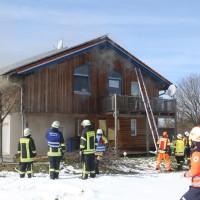 2018-03-05_Bibeach_Kirchdorf_Brand_Fassade_Feuerwehr_0026