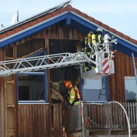 2018-03-05_Bibeach_Kirchdorf_Brand_Fassade_Feuerwehr_0054