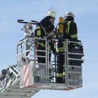 2018-03-05_Bibeach_Kirchdorf_Brand_Fassade_Feuerwehr_0055
