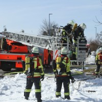 2018-03-05_Bibeach_Kirchdorf_Brand_Fassade_Feuerwehr_0056