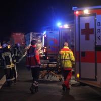 2018-03-16_A7_Dettingen_Lkw-Unfall_Feuerwehr_0040