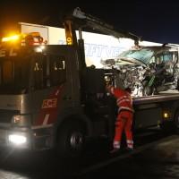 2018-03-16_A7_Dettingen_Lkw-Unfall_Feuerwehr_Bergung_Kutter_Memmingen_0035