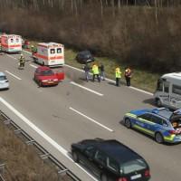 2018-04-02_A7_Memmingen_Unfall_Feuerwehr_0001