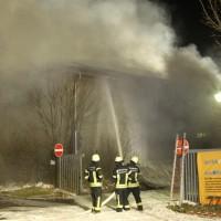 2018-04-02_Kempten_Untrasried_Brand_Lagerhalle_Feuerwehr_0004