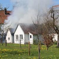 2018-04-20_Memmingen_Buxach_Brand_Schuppen_Feuerwehr_0007