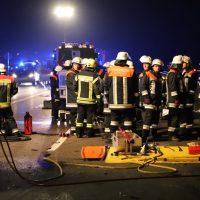 2018-05-26_A7_Illertissen_Voehringen_Geisterfahrer_Unfall_Feuerwehr_0012
