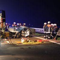 2018-05-26_A7_Illertissen_Voehringen_Geisterfahrer_Unfall_Feuerwehr_0026