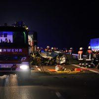 2018-05-26_A7_Illertissen_Voehringen_Geisterfahrer_Unfall_Feuerwehr_0027