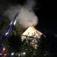 2018-05-30_Biberach_Waldenhofen_Dachstuhlbrand_Feuerwehr_0015