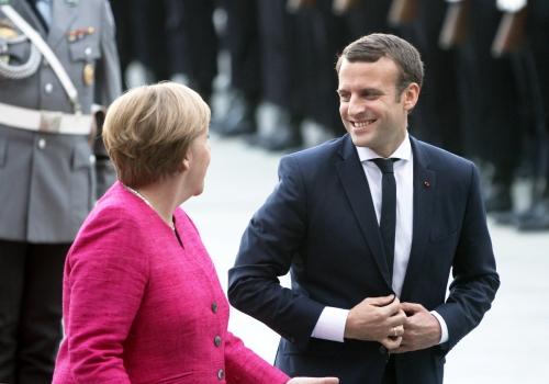 Angela Merkel und Emmanuel Macron, über dts Nachrichtenagentur