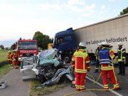 2018-06-21_B30_Oberessendorf_Unfall_Lkw_Pkw_toedlich_Feuerwehr_0036