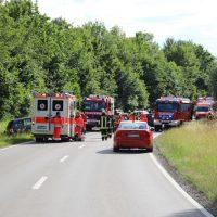 2018-06-22_B300_Heimertingen_Niederrieden_UNfall_Frontal_Feuerwehr_0025