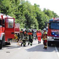 2018-06-22_B300_Heimertingen_Niederrieden_UNfall_Frontal_Feuerwehr_0026