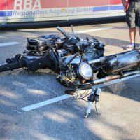 Unfall Rammingen MN23 Motorrad Bus PKW 5