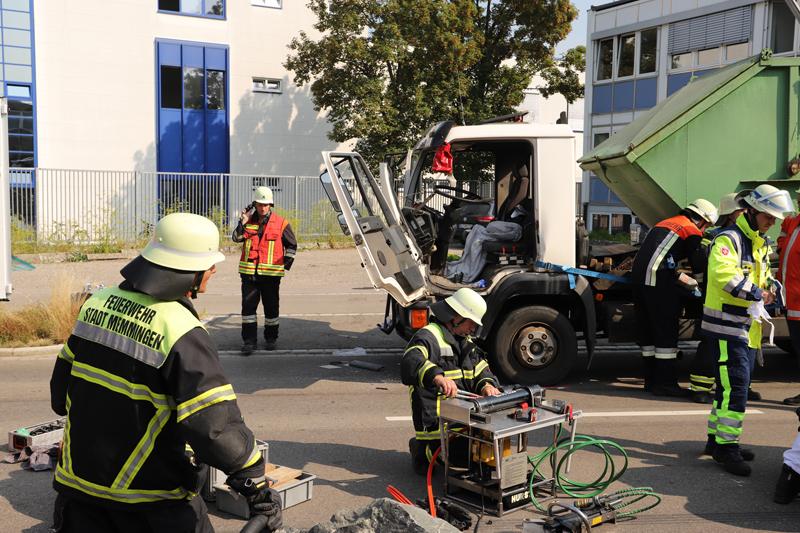 2018-08-02_Memmingen_Unfall_Lkw_Feuerwehr_0010
