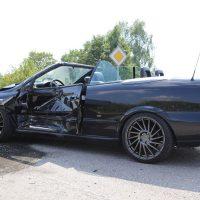 Unfall Mindelheim Gernstall Cabrio Kleinlaster gerammt Bringezu 03.08 (13)