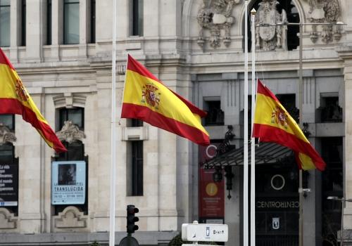 Spanische Fahnen, über dts Nachrichtenagentur