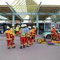 2018-09-22_Bad-Woerishofen_Unterallgaeu_Busbahnhof_Unfall_Busse_Feuerwehr_Bringezu_00007