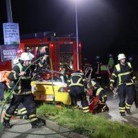 2019-05-10_Memmingen_Unfall_Donaustrasse_Feuerwehr_Poepel20190510_0009