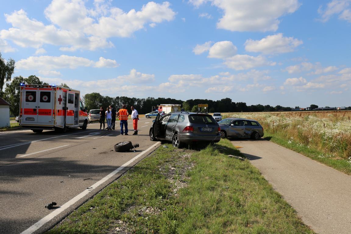 16.07.2019 VU B16 Mindelheim Höhe Lohhof Feuerwehr Rettungsdienst 5 Fahrzeuge mehrere Verletzte (7)