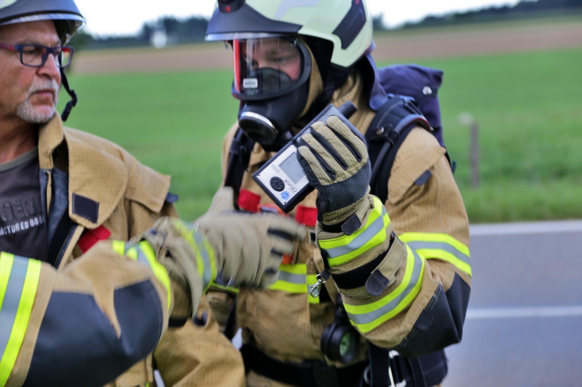 2019-08-11_Biberach_Mittelbuch_Biogasanlage_Brand_BHKW_Feuerwehr_Poeppel_0041