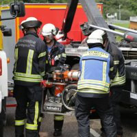 2019-08-15_B19_Kempten_Waltenhofen_Hegge_Unfall_frontal_Feuerwehr_Poeppel_0027