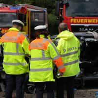 2019-08-15_B19_Kempten_Waltenhofen_Hegge_Unfall_frontal_Feuerwehr_Poeppel_0033