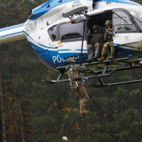 2019-10-19_BWTEX-2019_Stetten_Terror_Uebung_Polizei_Bundeswehr_Fremd_2019-10-19_BWTEX-2019_Stetten_Terror_Uebung_Polizei_Bundeswehr_Fremd_0003