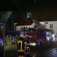 2019-12-15_Unterallgaeu_Kirchhaslach_Brand_Dach_FeuerwehrIMG_2731