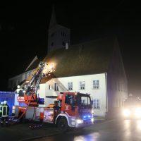 2019-12-15_Unterallgaeu_Kirchhaslach_Brand_Dach_FeuerwehrIMG_2745