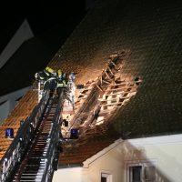 2019-12-15_Unterallgaeu_Kirchhaslach_Brand_Dach_FeuerwehrIMG_2766