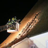 2019-12-15_Unterallgaeu_Kirchhaslach_Brand_Dach_FeuerwehrIMG_2774
