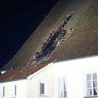 2019-12-15_Unterallgaeu_Kirchhaslach_Brand_Dach_FeuerwehrIMG_2781