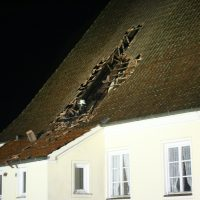 2019-12-15_Unterallgaeu_Kirchhaslach_Brand_Dach_FeuerwehrIMG_2783