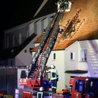 2019-12-15_Unterallgaeu_Kirchhaslach_Brand_Dach_FeuerwehrIMG_2820
