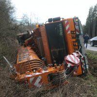 2020-01-14_B312_Edenbachen_Unfall_Scherlastkran_Bergung_Polizei_Poeppel_IMG_4960