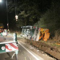 2020-01-14_B312_Edenbachen_Unfall_Scherlastkran_Bergung_Polizei_Poeppel_IMG_5010