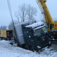 2020-01-20_B465_Leutkirch_Lkw_Unfall_Schnee_Polizei_IMG_5204