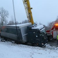 2020-01-20_B465_Leutkirch_Lkw_Unfall_Schnee_Polizei_IMG_5206