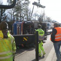 2020-02-15_A96_Aitrach_Memmingen_Unfall_Anhaenger_Wohnmobil_Polizei_IMG_6161