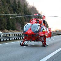 2020-02-25_A96_Leutkirch_Aichstetten_Lkw_Pkw_Feuerwehr_BX4A3105