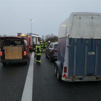 2020-03-10_A7_Dettingen_Berkheim_Unfall_Pferdetransporter_Feuerwehr_IMG_6359