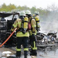 2020-02-26_Aitrach_Bruecke_A96_Wohnmobil_Brand_Feuerwehr_Poeppel_IMG_6596