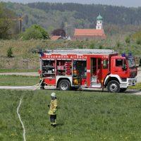 2020-02-26_Aitrach_Bruecke_A96_Wohnmobil_Brand_Feuerwehr_Poeppel_IMG_6604