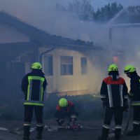 2020-04-27_Unterallgaeu_Fellheim_Brand_Industriepark_Feuerwehr_Poeppel_IMG_6616