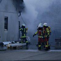 2020-04-27_Unterallgaeu_Fellheim_Brand_Industriepark_Feuerwehr_Poeppel_IMG_6622