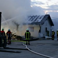 2020-04-27_Unterallgaeu_Fellheim_Brand_Industriepark_Feuerwehr_Poeppel_IMG_6624