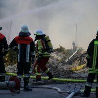 2020-04-27_Unterallgaeu_Fellheim_Brand_Industriepark_Feuerwehr_Poeppel_IMG_6626